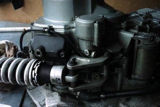Voxan dessous moteur amort 1b