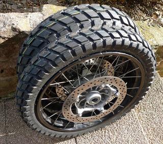 pneus hivers moto
